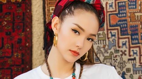 Minh Hang: 'Toi hat co cam xuc ma nhieu ca si hat hay khong lam duoc' hinh anh