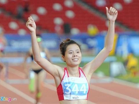 Nguyen Thi Huyen gianh HCV 400 m rao chau A hinh anh