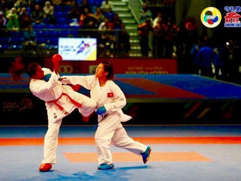 Nguyen Thi Ngoan mang ve HCV lich su cho karatedo Viet Nam hinh anh