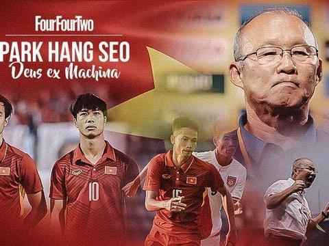 HLV Park Hang-seo: Nguoi Viet luc nao cung muon choi nhu Barcelona hinh anh