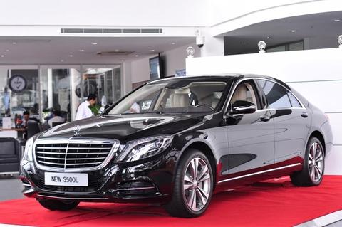 Mercedes-Benz trai tham do don khach hang S-Class hinh anh
