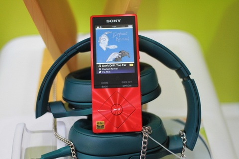 Can canh Sony Walkman NW-A25HN tai Viet Nam hinh anh