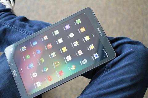 Anh Galaxy Tab E - tablet man hinh lon, gia 6 trieu dong hinh anh