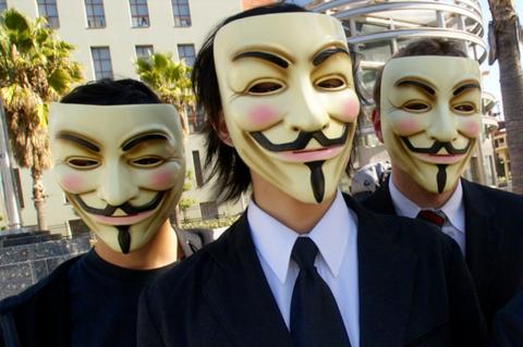 Anonymous tan cong web Thu tuong Nhat de phan doi san ca voi hinh anh