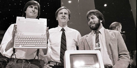 apple duoi thoi john sculley hinh anh