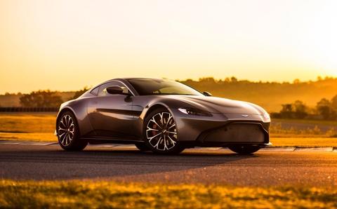 Aston Martin pha vo moi chuan muc voi Vantage 2018 hinh anh