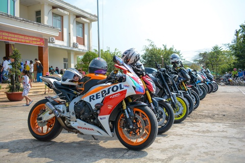 gsx s1000 hinh anh