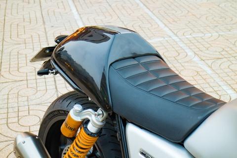 Honda CB1100 hoai co voi loat phu kien dat tien cua biker SG hinh anh 6