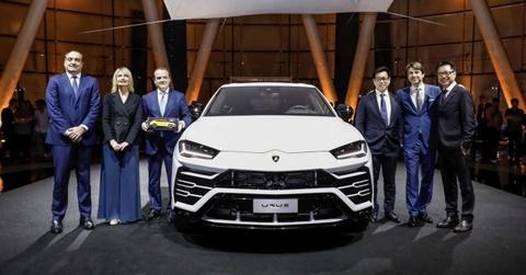 Lamborghini Urus ra mat tai Dong Nam A, gia 255.000 USD hinh anh
