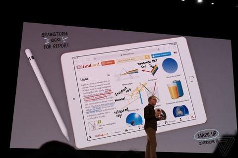 Apple ra mat iPad gia 299 USD cho hoc sinh hinh anh