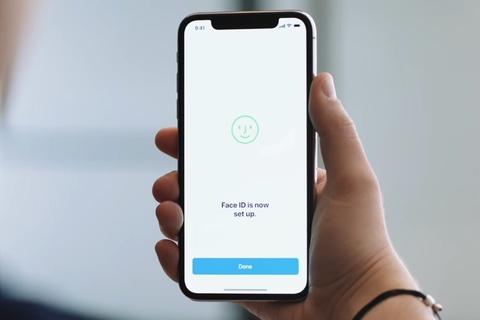 Face ID tren iPhone X ngung hoat dong, loi tai camera sau hinh anh