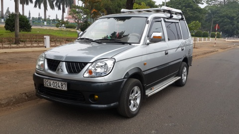 ford escape hinh anh