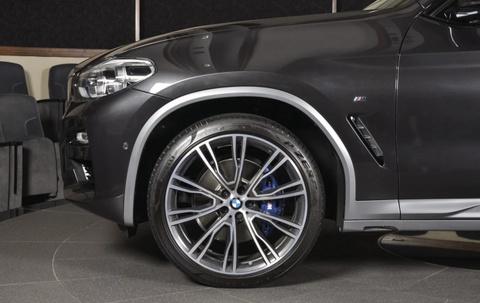 Chi tiet BMW X4 2019 dau tien tren the gioi cap ben showroom hinh anh 5