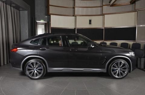 Chi tiet BMW X4 2019 dau tien tren the gioi cap ben showroom hinh anh 4