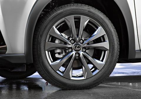Lexus UX 2019 chot gia tu 32.000 USD, ban ra vao thang 12 hinh anh 5