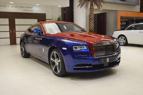 Rolls-Royce Wraith voi phoi mau doc nhat the gioi tai Abu Dhabi hinh anh