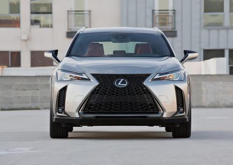 Lexus UX 2019 chot gia tu 32.000 USD, ban ra vao thang 12 hinh anh 3