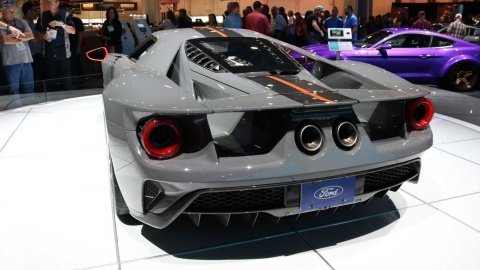 GT Carbon Series - sieu xe nhe nhat cua Ford ra mat hinh anh 10