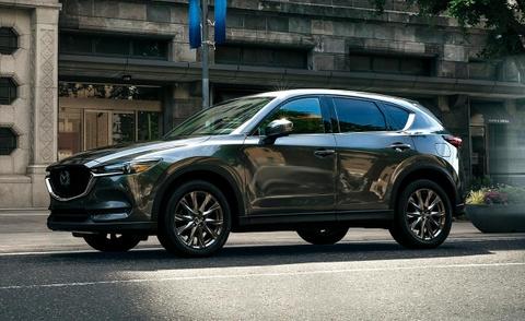 Mazda CX-5 Signature 2019 gia 37.000 USD, noi that sang trong hinh anh