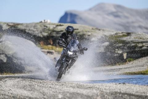 Moto dia hinh Honda CB500X 2019 nang cap manh me hinh anh 12