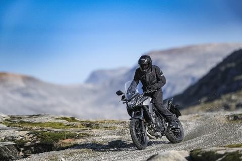 Moto dia hinh Honda CB500X 2019 nang cap manh me hinh anh 6