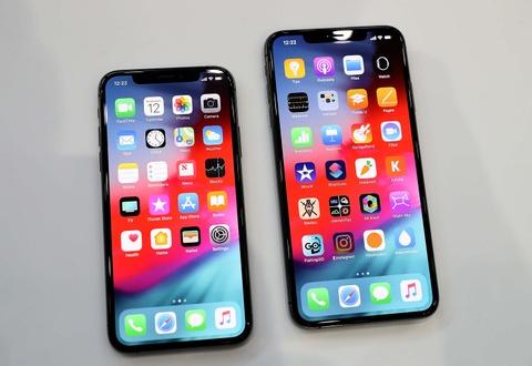 Nang cap iOS 12.1.2, iPhone mat song dung le Giang sinh hinh anh
