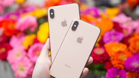 Apple the tham - chi tai iPhone qua dat hinh anh