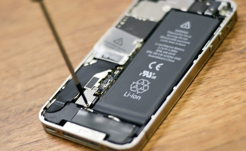 Hon 11 trieu chiec iPhone da duoc doi pin hinh anh