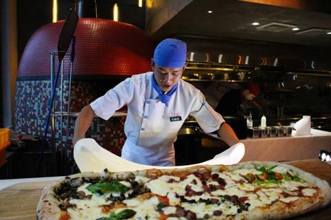 Banh pizza dai 1 m o TP.HCM hinh anh 5
