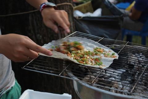 10 diem an vat duoi 50.000 dong hut khach quanh cho Vuon Chuoi hinh anh 7