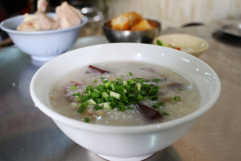 10 dia chi an vat khong quang cao cung dong khach cua Sai Gon hinh anh 16