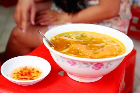 10 dia chi an vat khong quang cao cung dong khach cua Sai Gon hinh anh 10