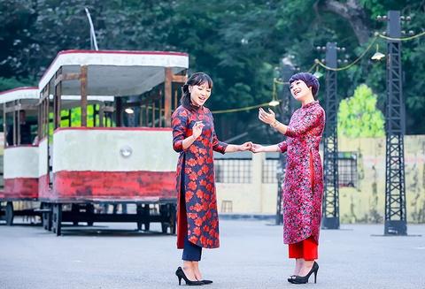 Khanh Linh, Ngoc Khue goi nho Tet Ha Noi xua hinh anh 3