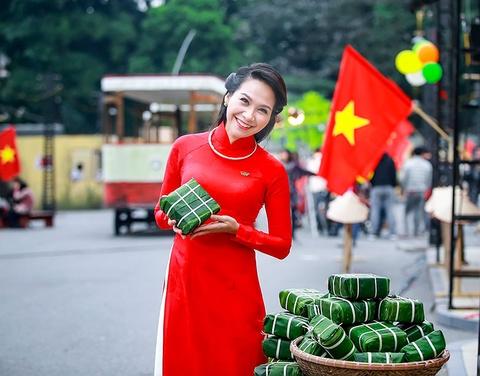 Khanh Linh, Ngoc Khue goi nho Tet Ha Noi xua hinh anh 7
