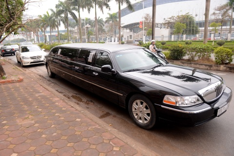 Chu re di limousine trong le an hoi a hau Tra My hinh anh 4