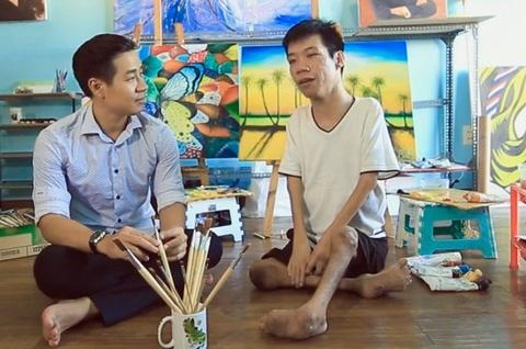 Hanh trinh den voi hoi hoa cua Minh Chau hinh anh