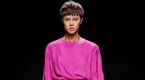 Do Ha dien show mo man Milan Fashion Week hinh anh