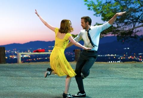 Bi mat thoi trang cua 5 phim tranh giai Oscar 2017 hinh anh