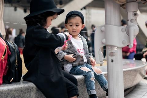 Seoul Fashion Week 2017 con co nhung nhoc ty rat sanh dieu hinh anh 2