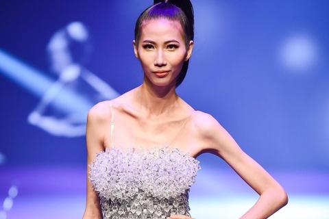 chung ket next top model hinh anh