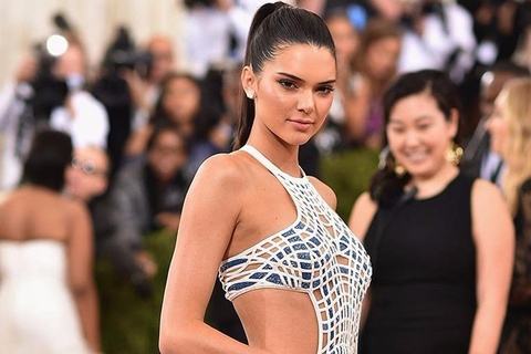 Kendall Jenner: Sieu mau 9X xinh dep, giau co noi tieng the gioi hinh anh
