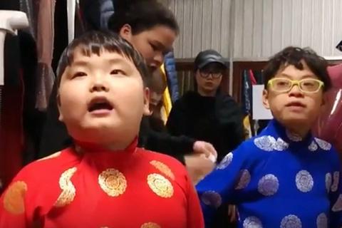 Xuan Bac huan luyen con trai Bi Beo dien Tao Quan hinh anh