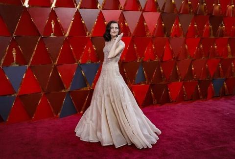 Dan sao Hollywood long lay tren tham do Oscar 2018 hinh anh