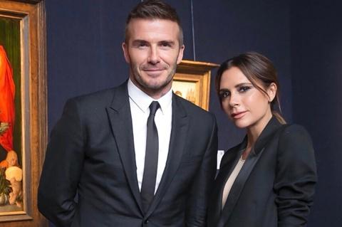 Victoria xuat hien ca tinh ben David Beckham giua tin don ly hon hinh anh