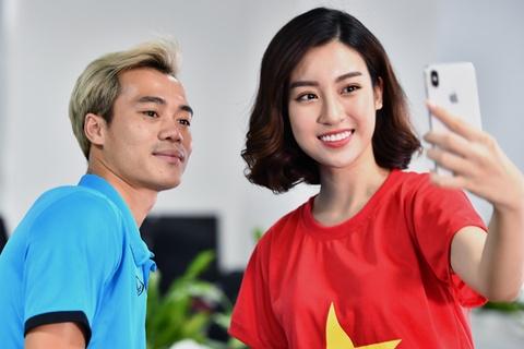 Hoa hau Do My Linh rang ro ben Quang Hai, Van Toan hinh anh