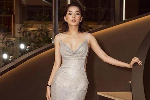 Phong cach thoi trang ngay cang theo huong sexy cua Chi Pu hinh anh