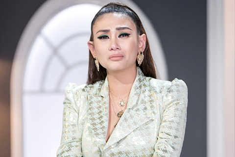 Võ Hoàng Yến bị loại hết thí sinh trước chung kết The Face?