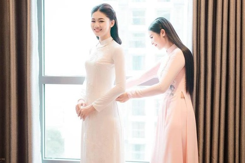 Hoa hau Ngoc Han may ao dai cho co dau Thanh Tu hinh anh