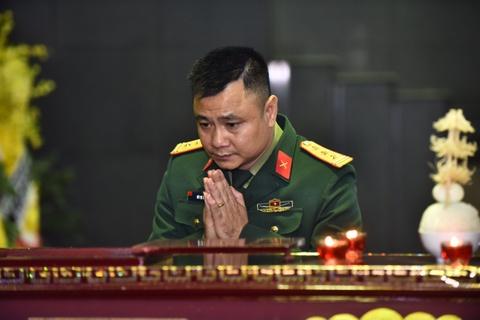Xuan Bac, Tu Long va dong dao nghe si khoc lang tien dua NSND Anh Tu hinh anh