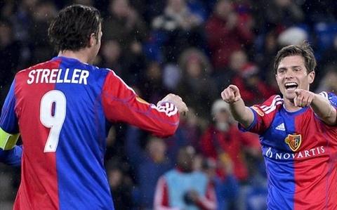 Salzburg 1 - 2 Basel: Man nguoc dong kho tin hinh anh